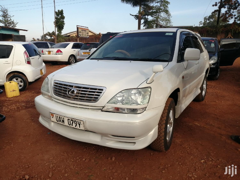 Toyota Harrier 1998 White   Cars for sale in Kampala, Central Region, Uganda