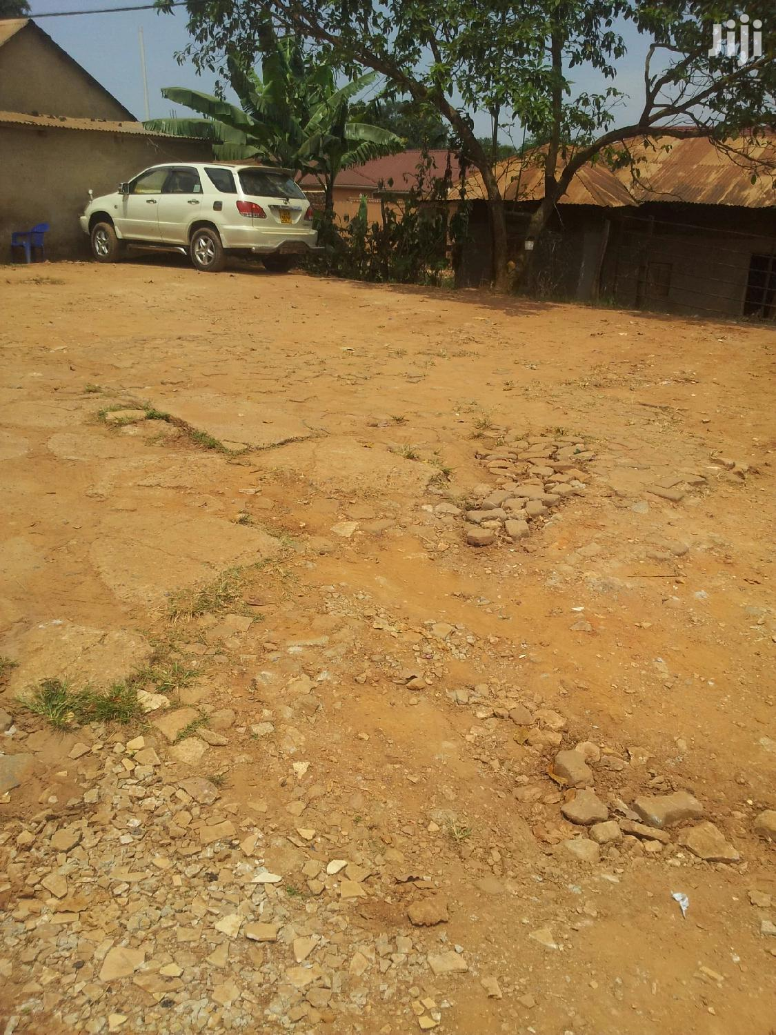 Washing Bay And Parking Area For Rent At Wandegeya   Land & Plots for Rent for sale in Kampala, Central Region, Uganda
