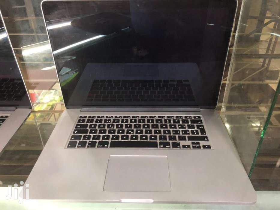 Macbook Pro Retina 15  2015 Dual Graphics Uk Used 6 Months Very Intact