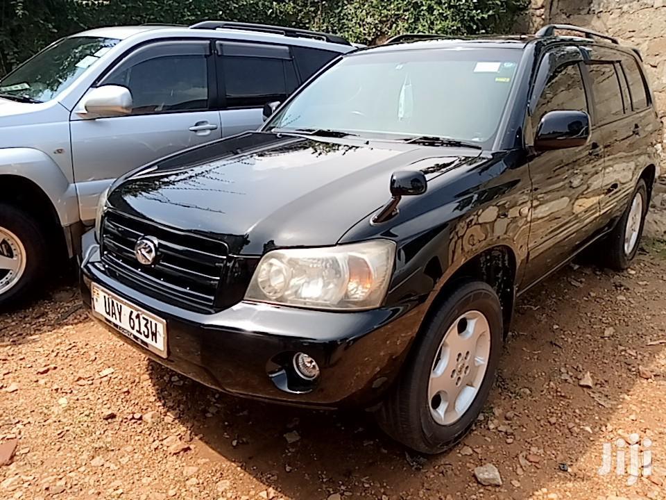 Archive: Toyota Kluger 2005 Black