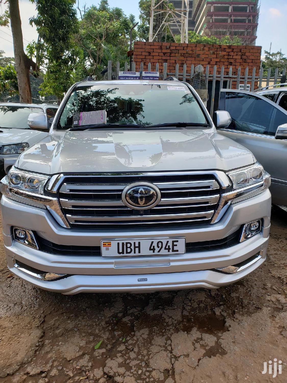 Toyota Land Cruiser 2016 Silver