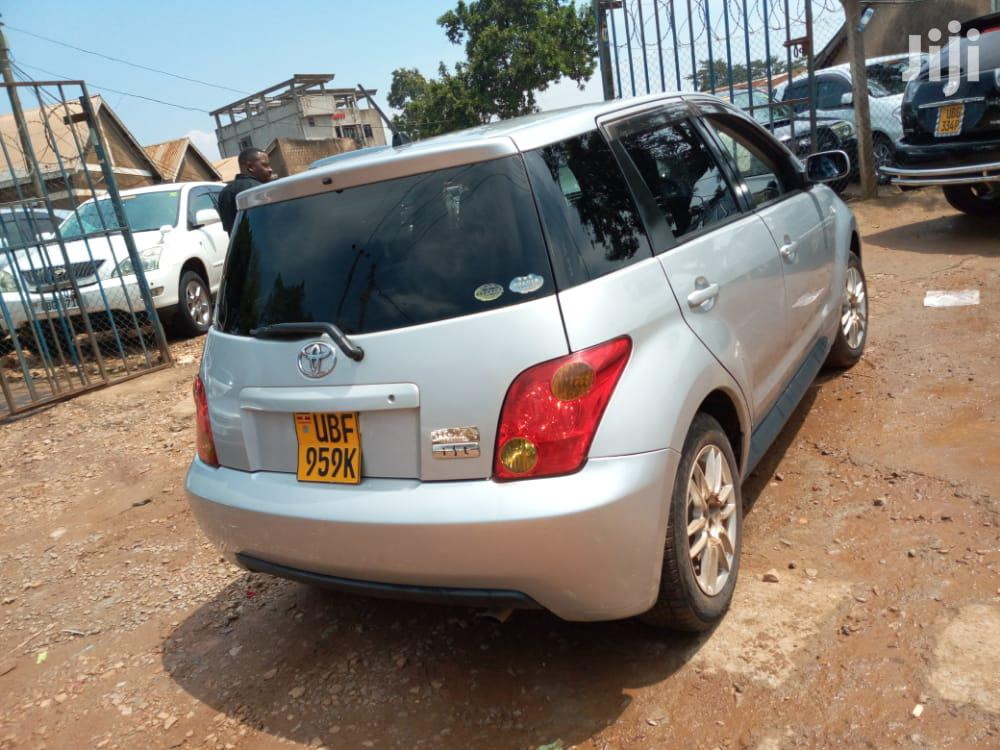Archive: Toyota IST 2004 Silver