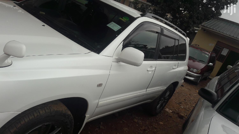 Toyota Kluger 2002 White | Cars for sale in Kampala, Central Region, Uganda
