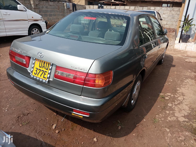 Toyota Premio 2000 Gray   Cars for sale in Kampala, Central Region, Uganda