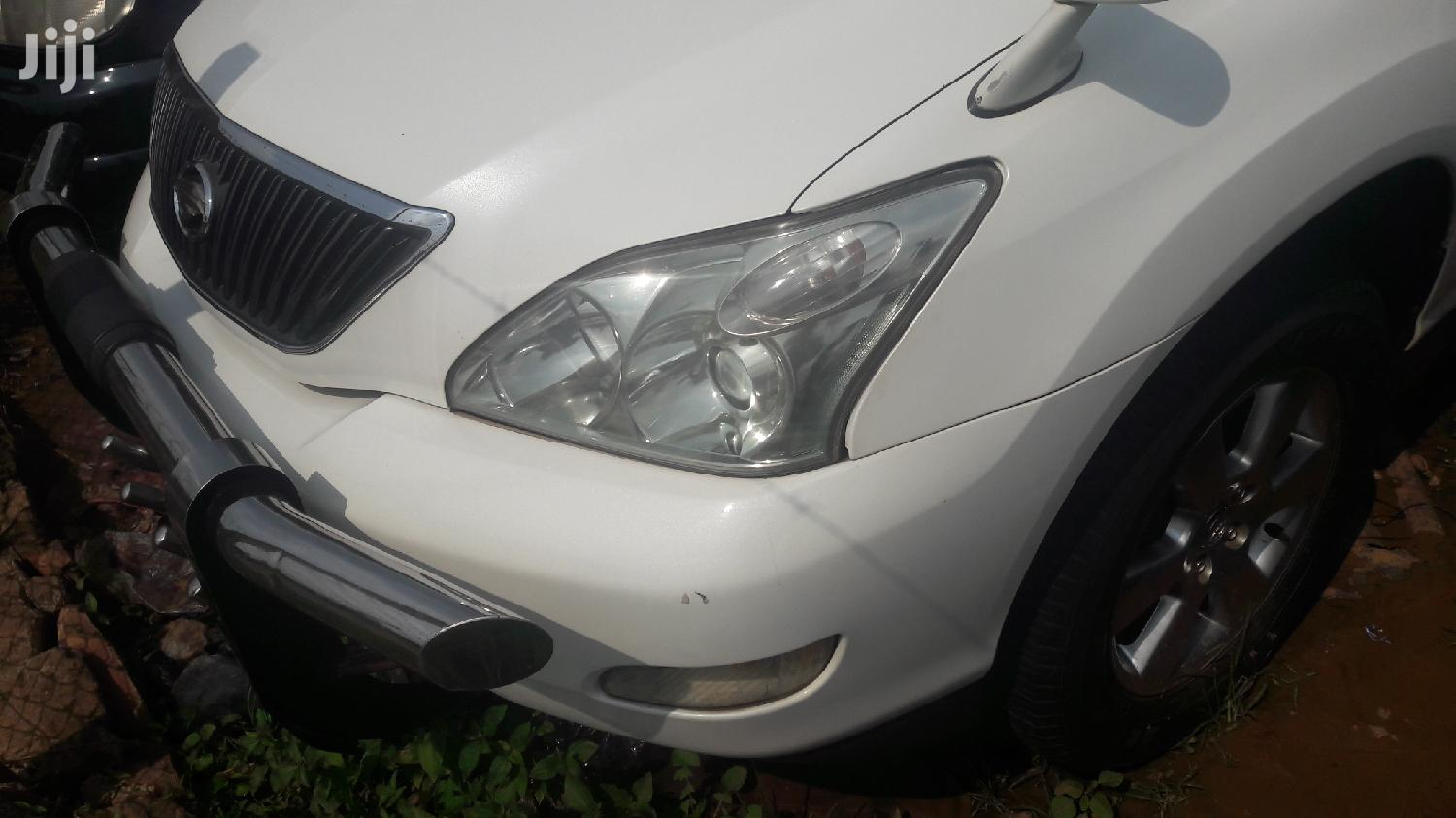 Toyota Harrier 2005 White