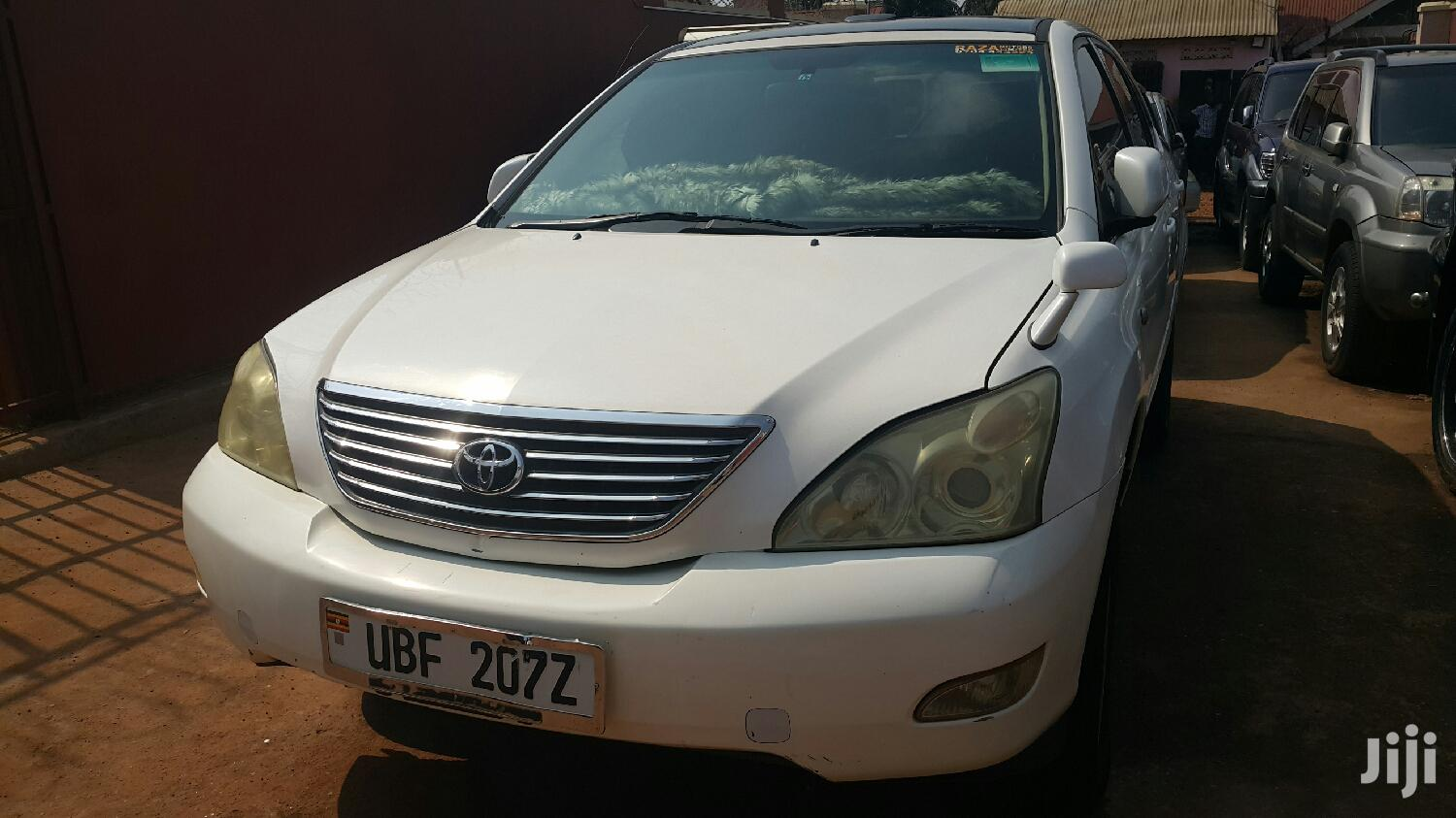 Archive: Toyota Harrier 2006 White