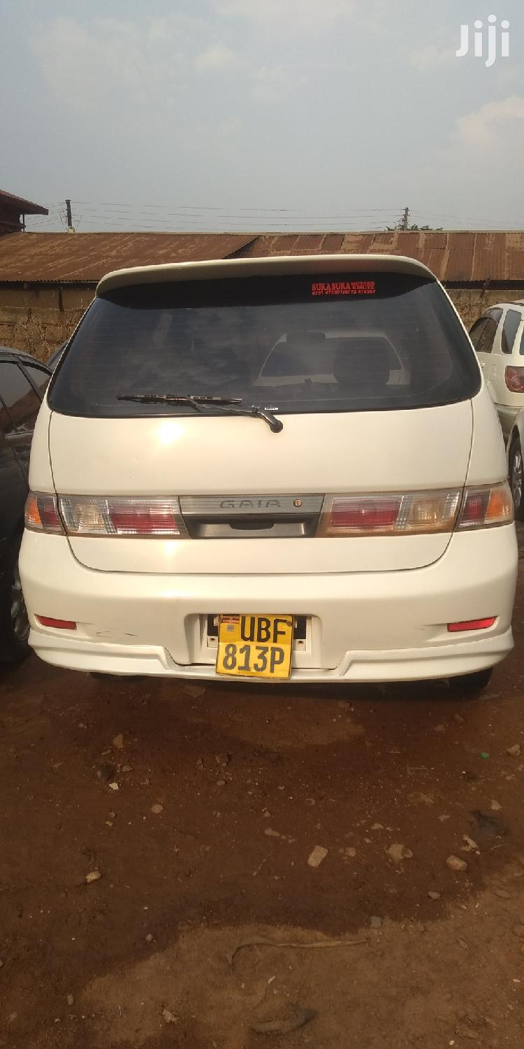 Toyota Gaia 2003 White | Cars for sale in Kampala, Central Region, Uganda