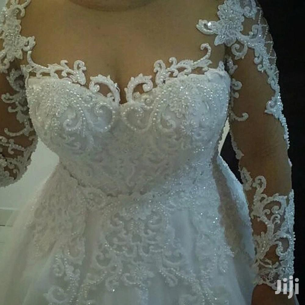 Archive: Wedding Gown For Hire