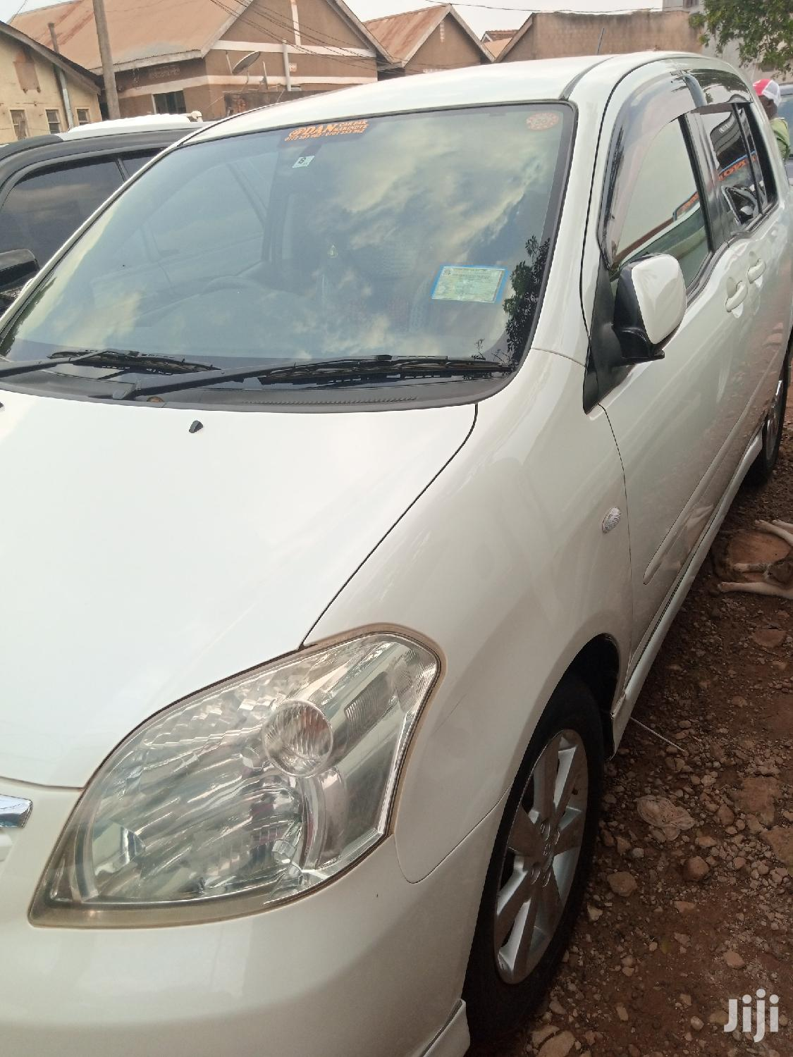 Archive: New Toyota Raum 2006 Silver