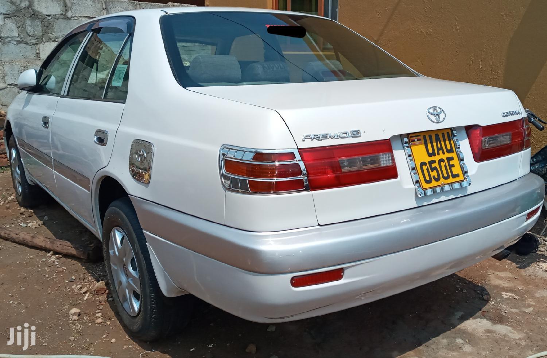 Toyota Premio 1997 White