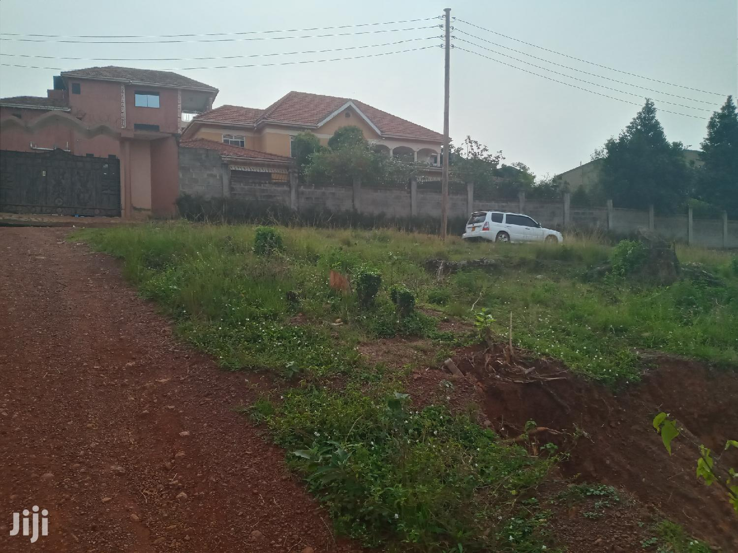 Very Sweet Plot With Very High View on Quick Sale in Buziga