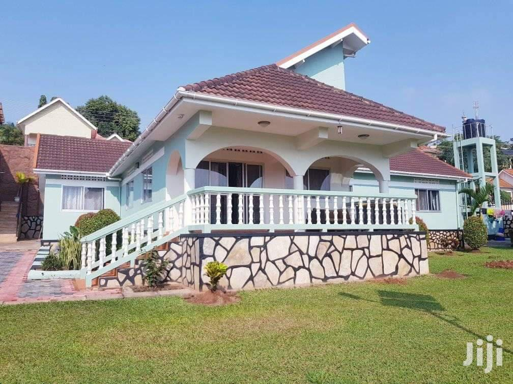 In Upper Buziga, We Have This Beautiful Home For Rent
