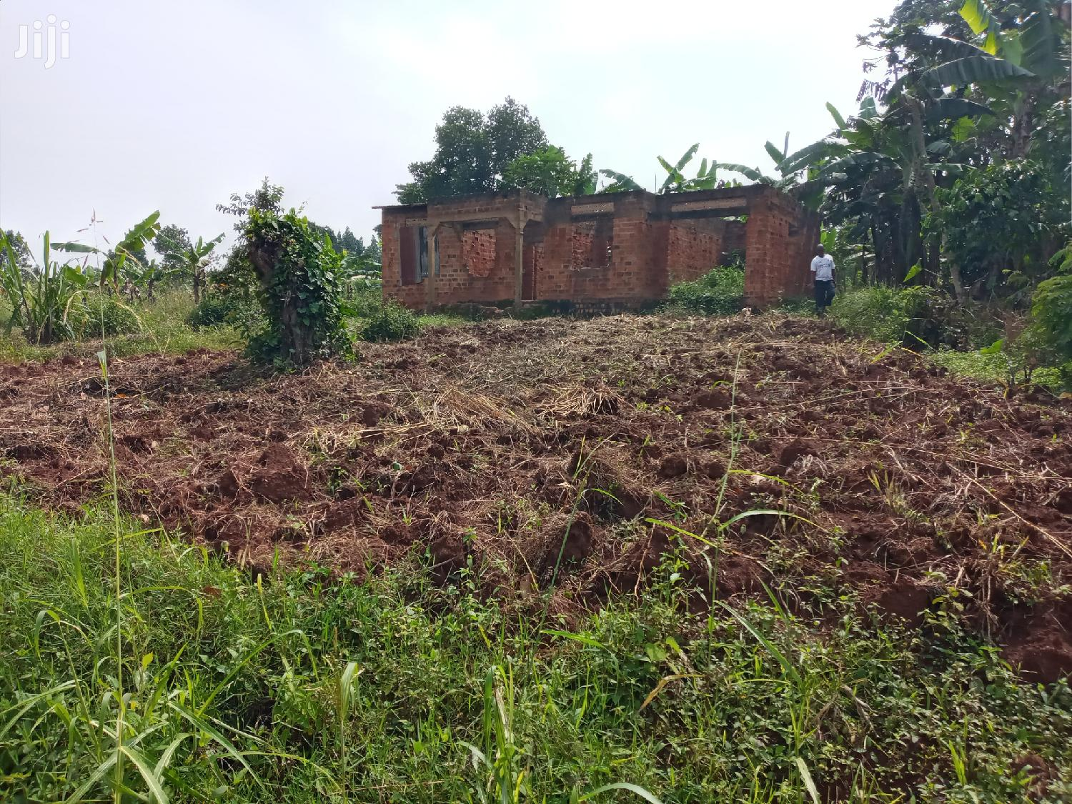 Semi Finished Home on 100 Ft X 100 Ft on Sale in Nsagu Title