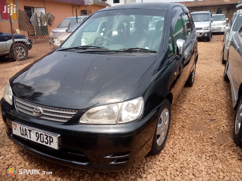Toyota Spacio 2000 Black
