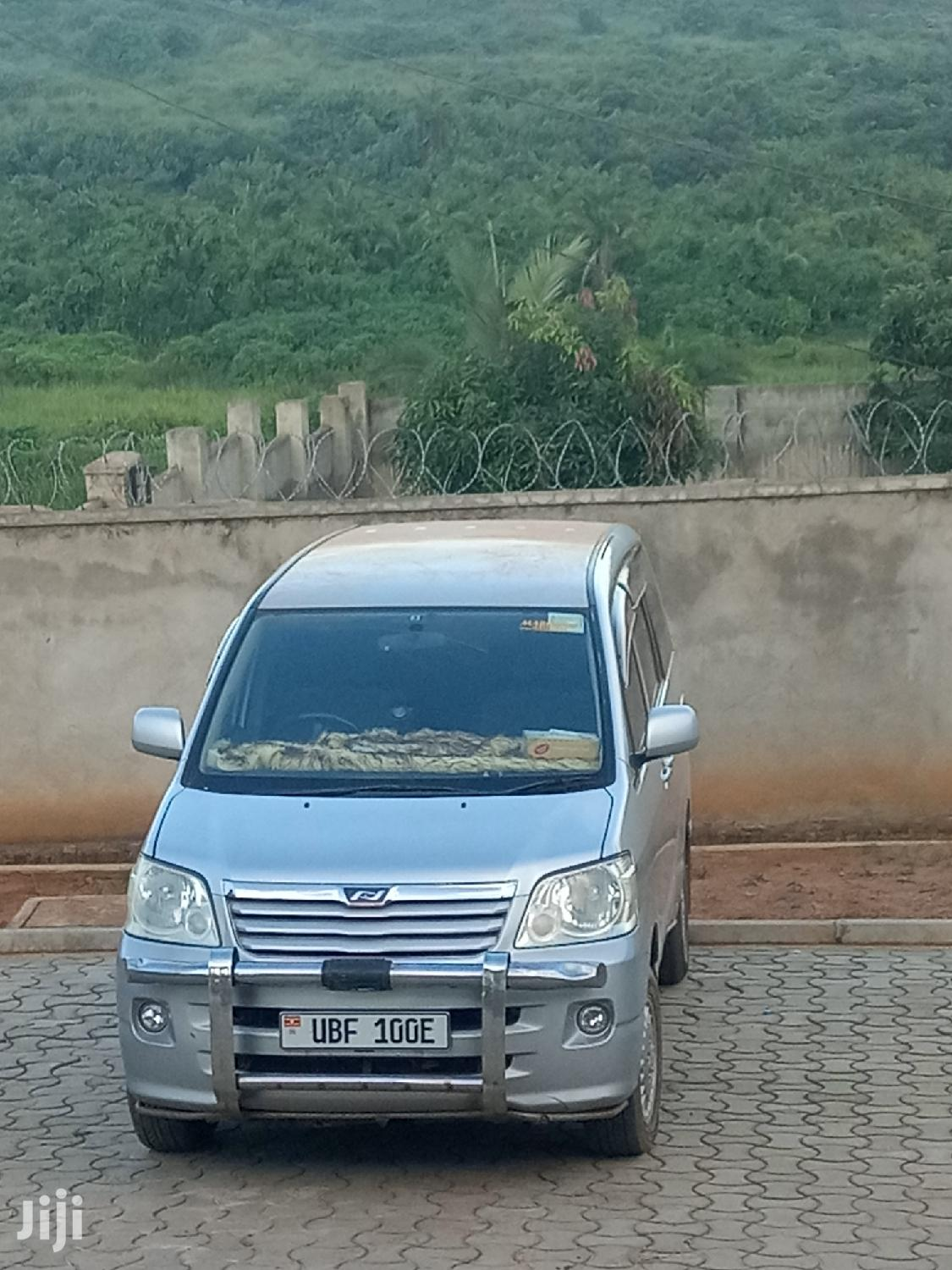 Toyota Noah 2002 Gray | Cars for sale in Kampala, Central Region, Uganda
