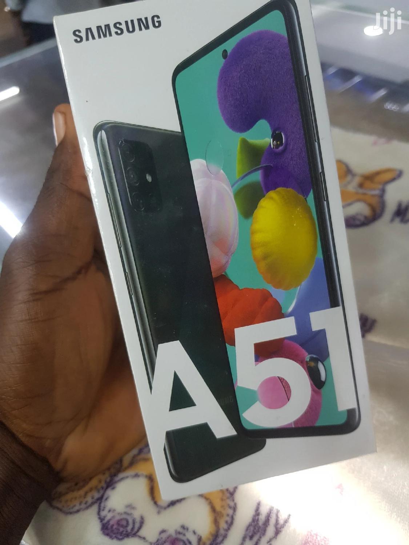 New Samsung Galaxy A30 64 GB Black