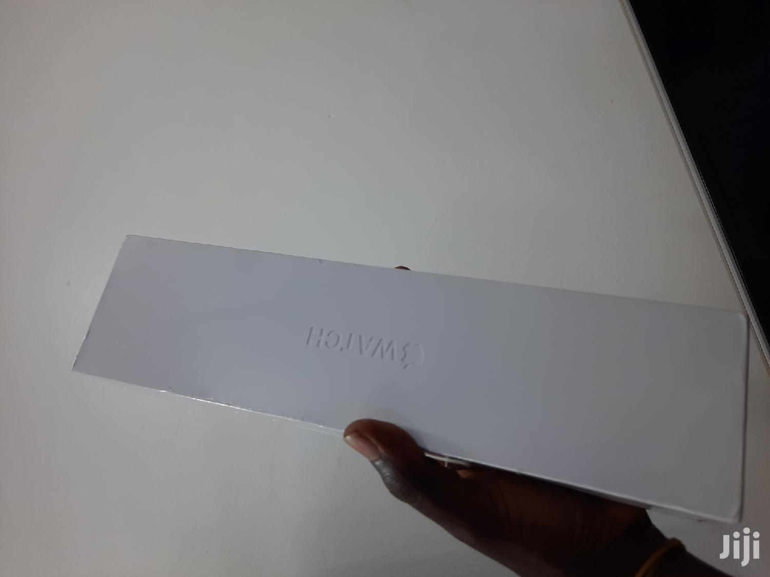 Apple Watch Series 5 | Smart Watches & Trackers for sale in Kampala, Central Region, Uganda
