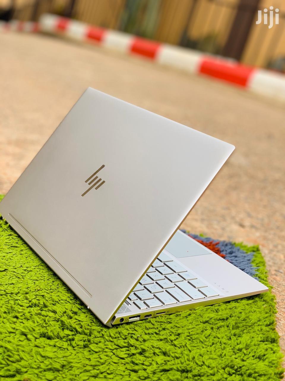 New Laptop HP Envy 13 8GB Intel Core i5 SSD 256GB