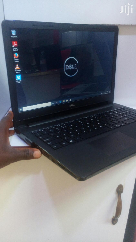 Laptop Dell Inspiron 17 5000 4GB Intel Core I3 HDD 500GB
