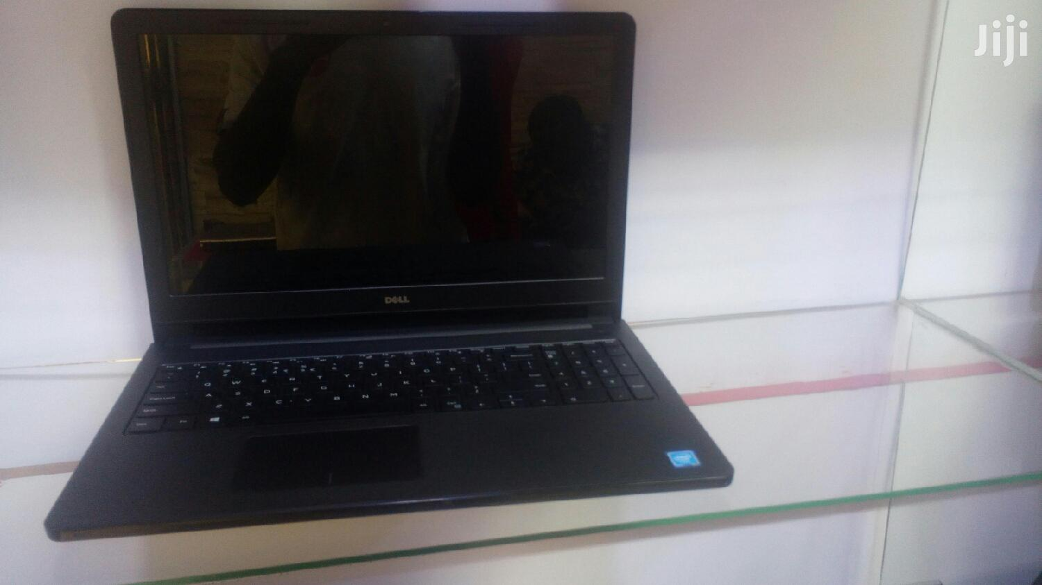 Laptop Dell Inspiron 17 5000 4GB Intel Core I3 HDD 500GB   Laptops & Computers for sale in Kampala, Central Region, Uganda
