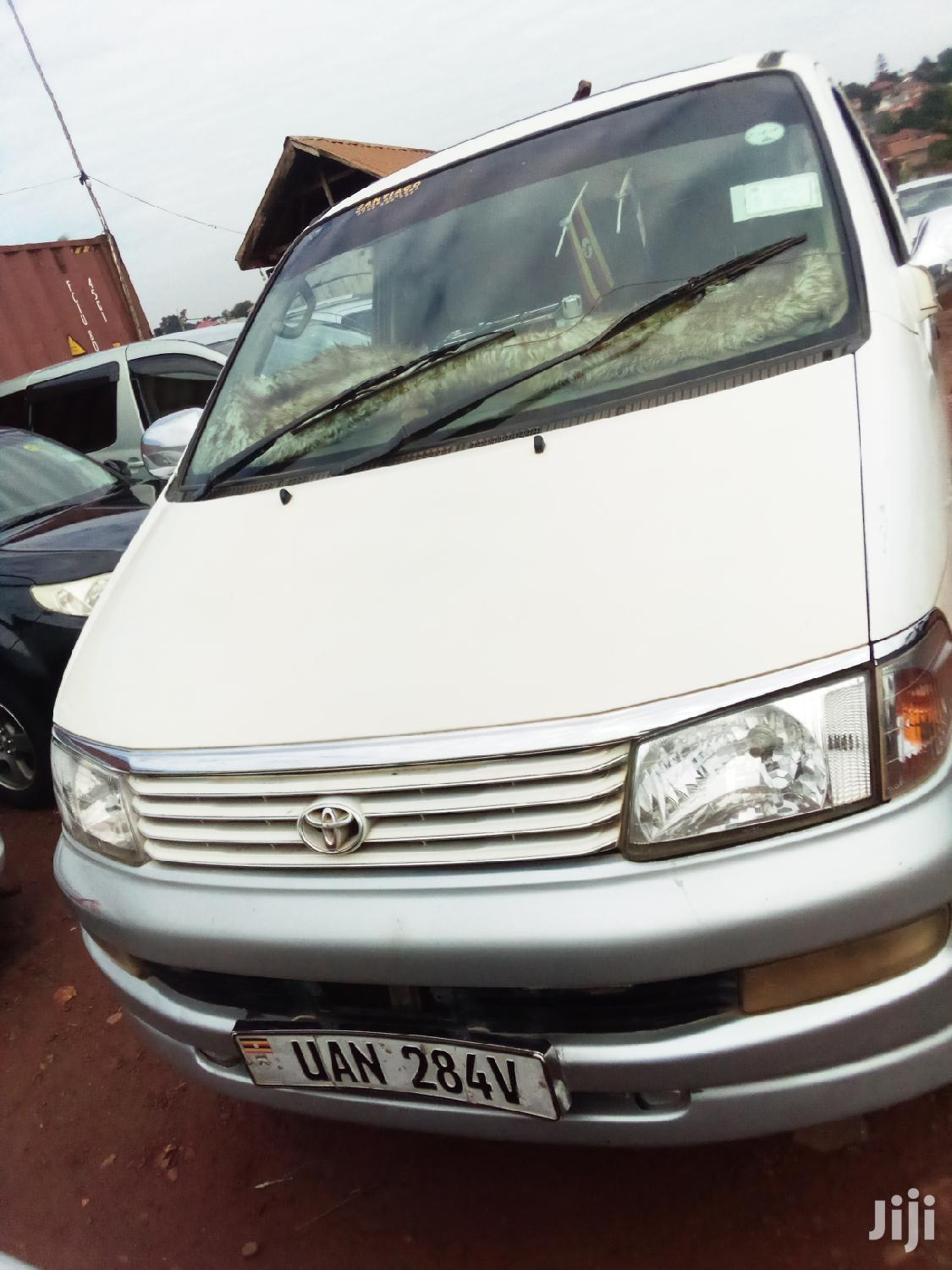 Archive: Toyota Lite-Ace 2003 Silver