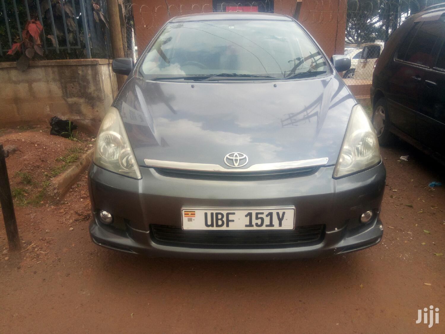 Toyota Wish 2003 Gray
