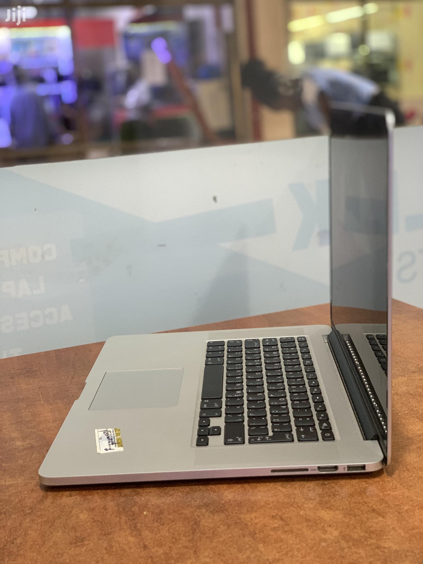 Archive: Laptop Apple MacBook Pro 16GB Intel Core I7 SSHD (Hybrid) 512GB