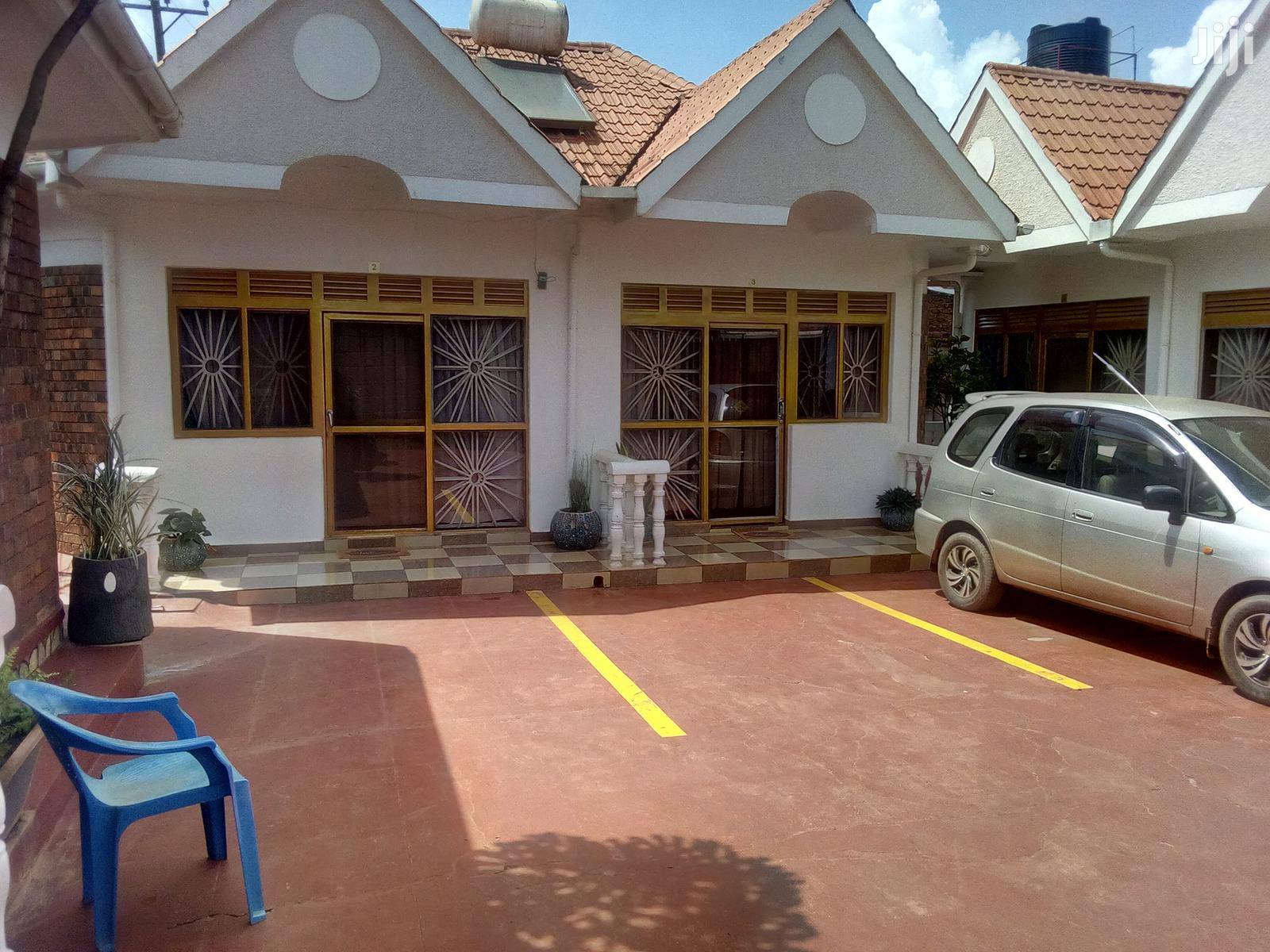 Fully Furnished Single Bedroom House In Salaama Munyonyo For Rent