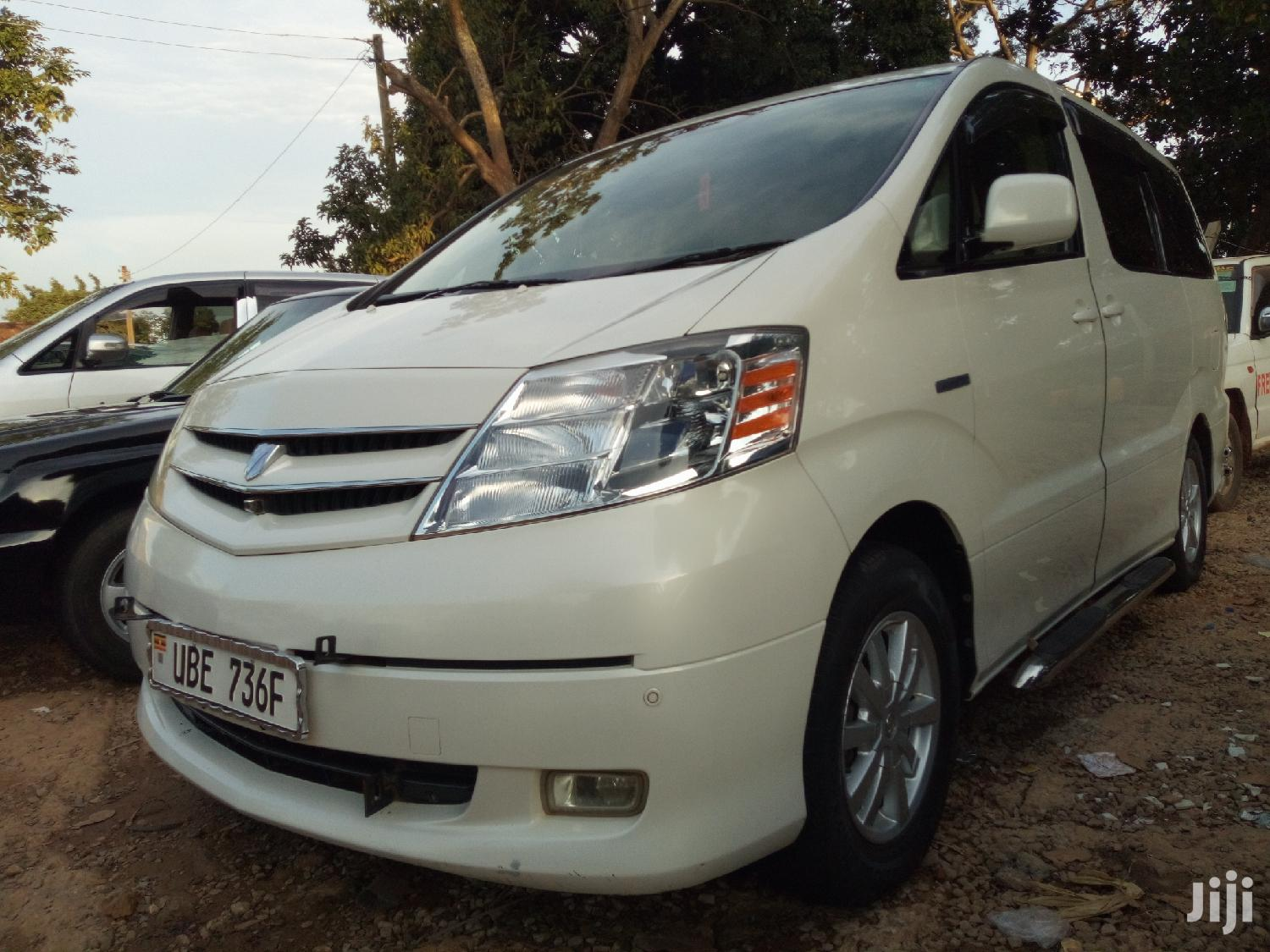 Toyota Alphard 2003 White | Cars for sale in Kampala, Central Region, Uganda