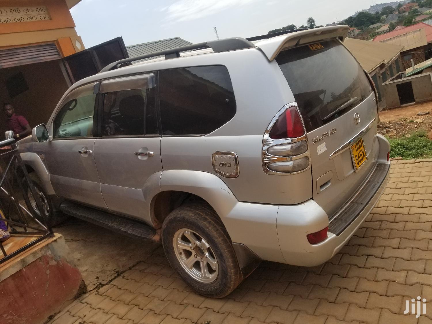 Archive: Toyota Land Cruiser 2007 Silver