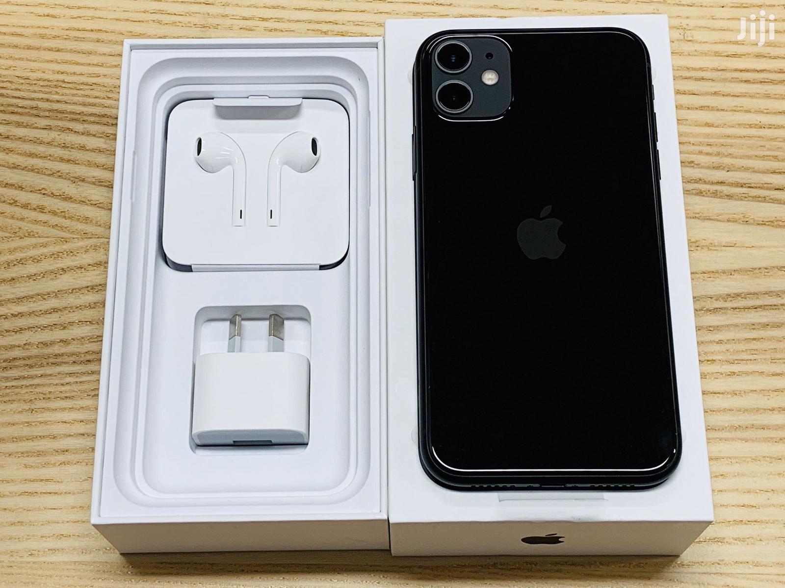 New Apple iPhone 11 128 GB Black