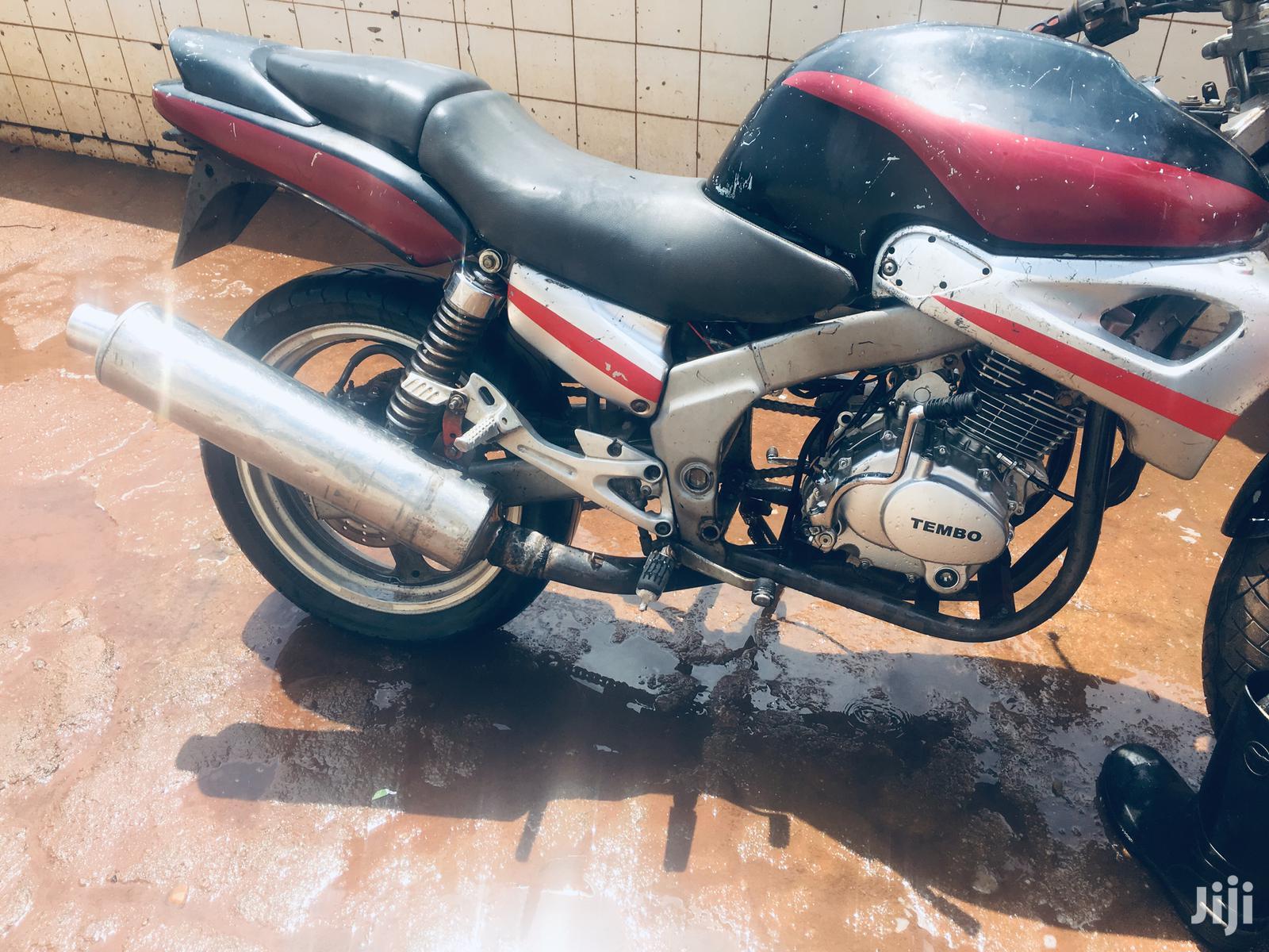 Archive: Yamaha Genesis 2000 Black