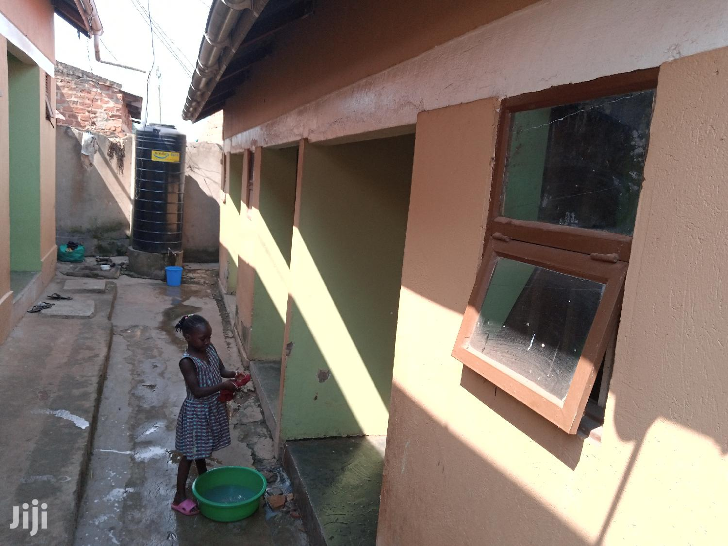 6 Double Self Contained Rentals on Sale on Bombo Road