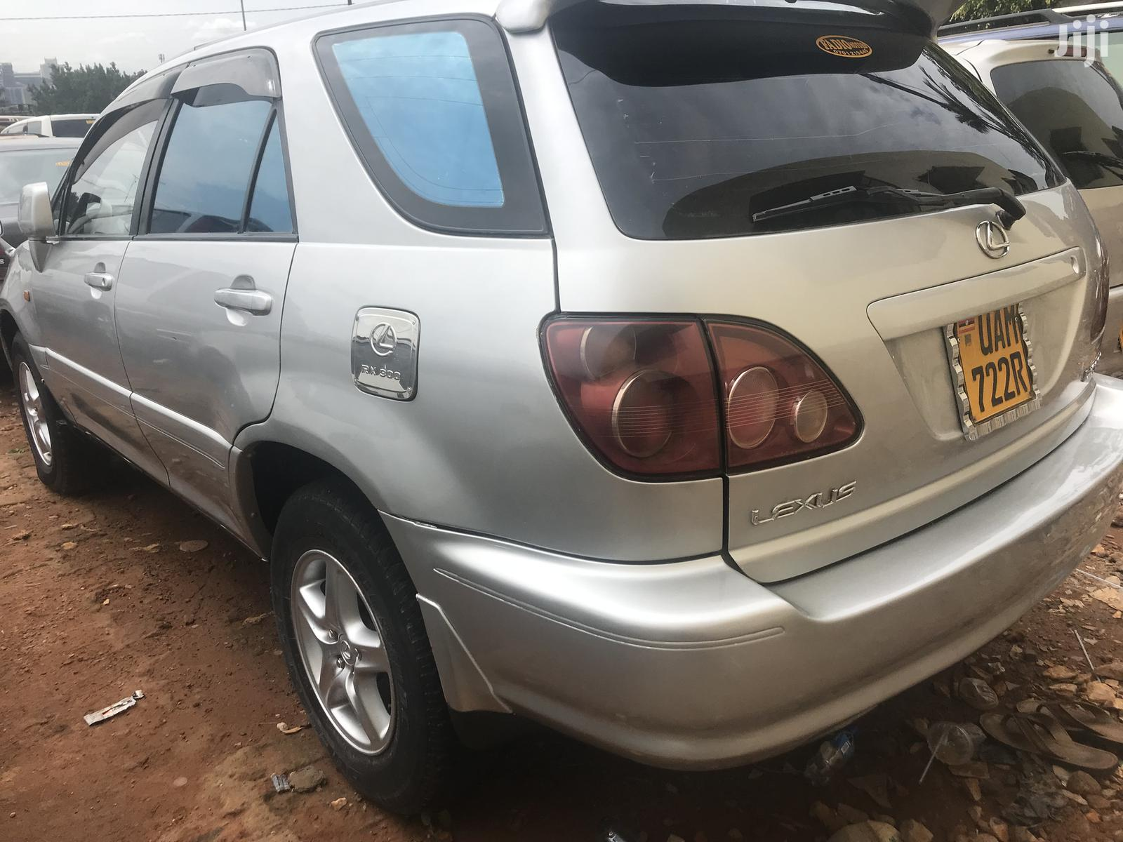 Toyota Harrier 1998 Silver   Cars for sale in Kampala, Central Region, Uganda