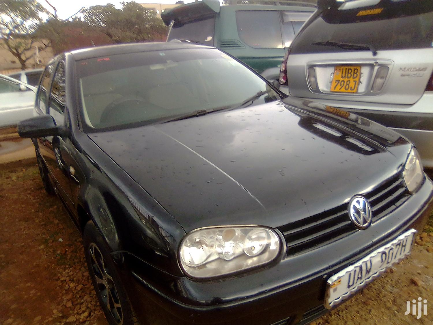 Archive: Volkswagen Golf 2002 Black