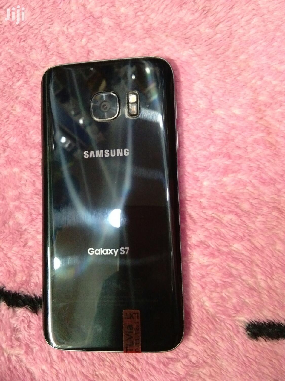 Archive: Samsung Galaxy S7 32 GB Black