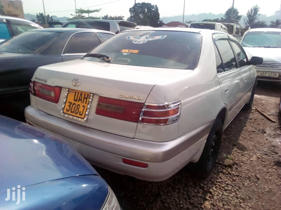 Toyota Premio 1999 White | Cars for sale in Kampala, Central Region, Uganda
