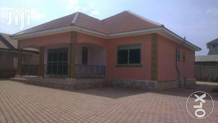 Gorgeous 3bedroom Home On 16dec In Kyaliwajjara