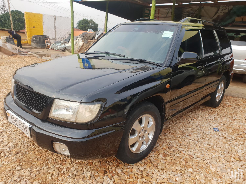 Subaru Forester 1999 Black