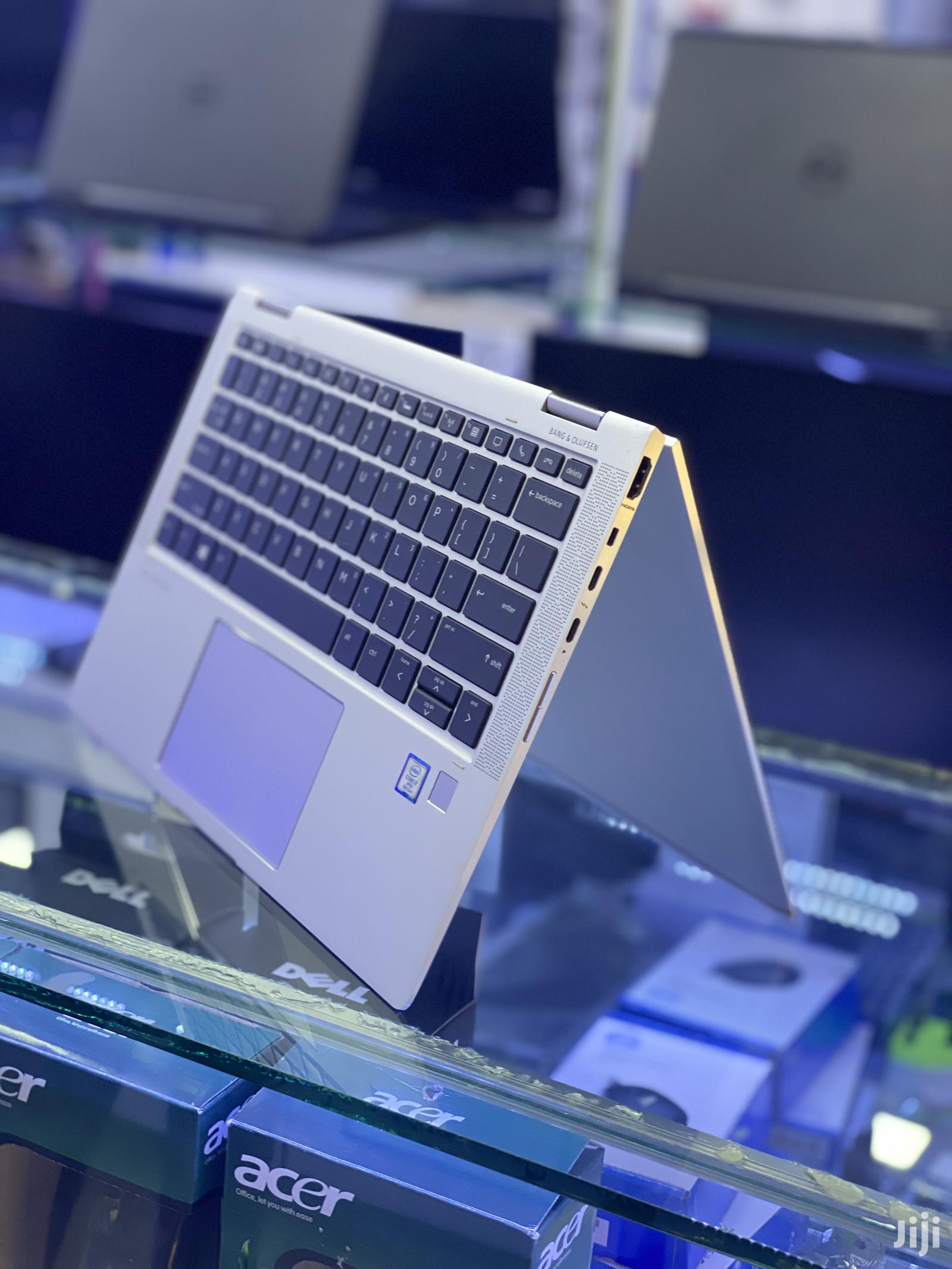 New Laptop Apple MacBook Pro 8GB Intel Core i5 SSHD (Hybrid) 256GB