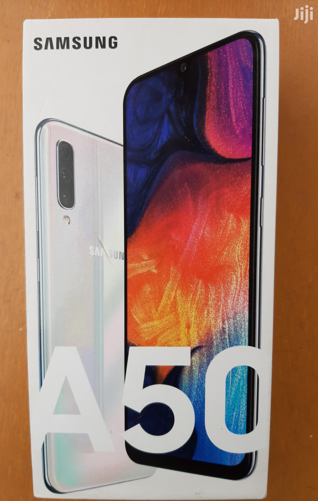 New Samsung Galaxy A50 128 GB White