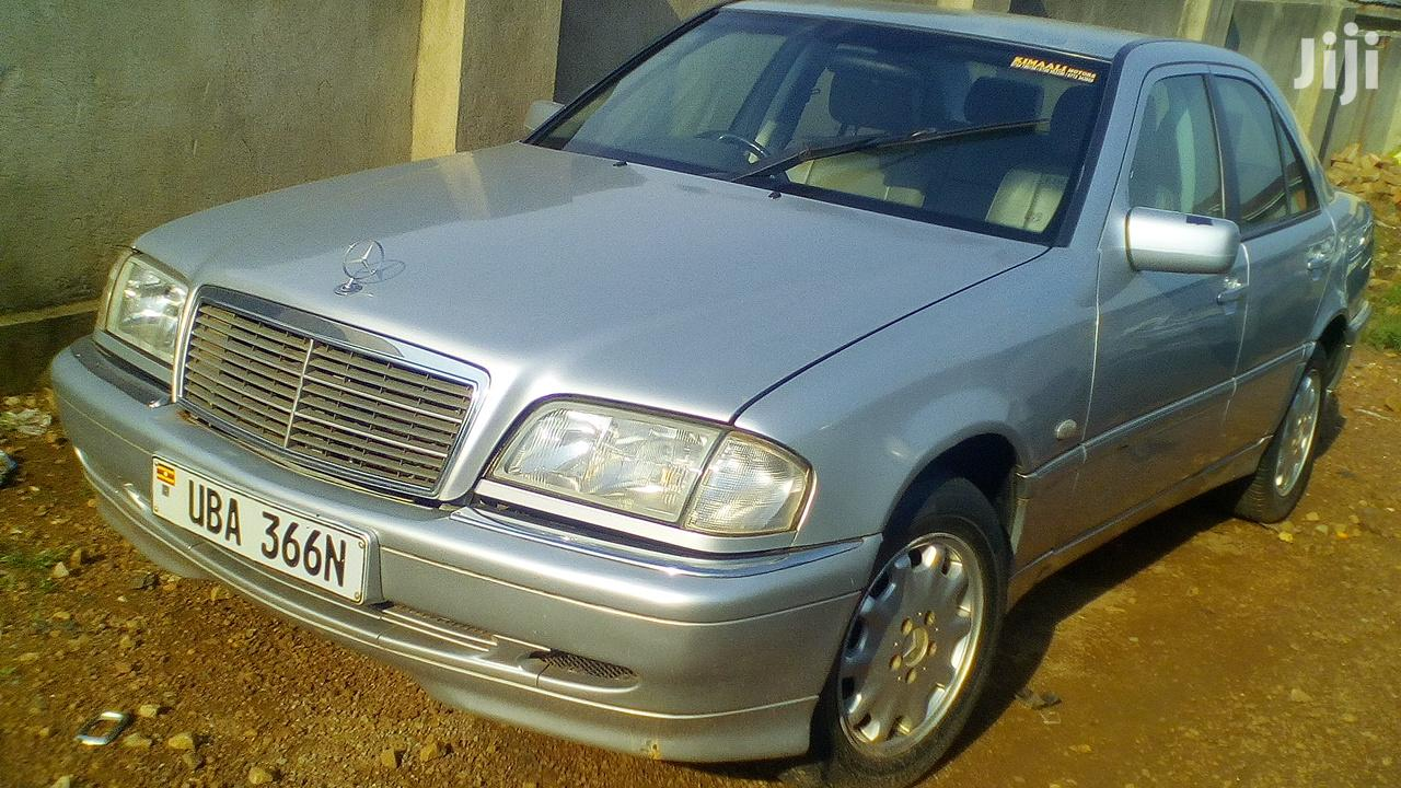 Archive: Mercedes-Benz C200 2002 Silver