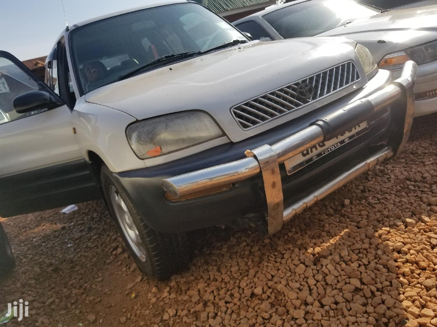 Toyota RAV4 1998 Cabriolet Silver | Cars for sale in Kampala, Central Region, Uganda