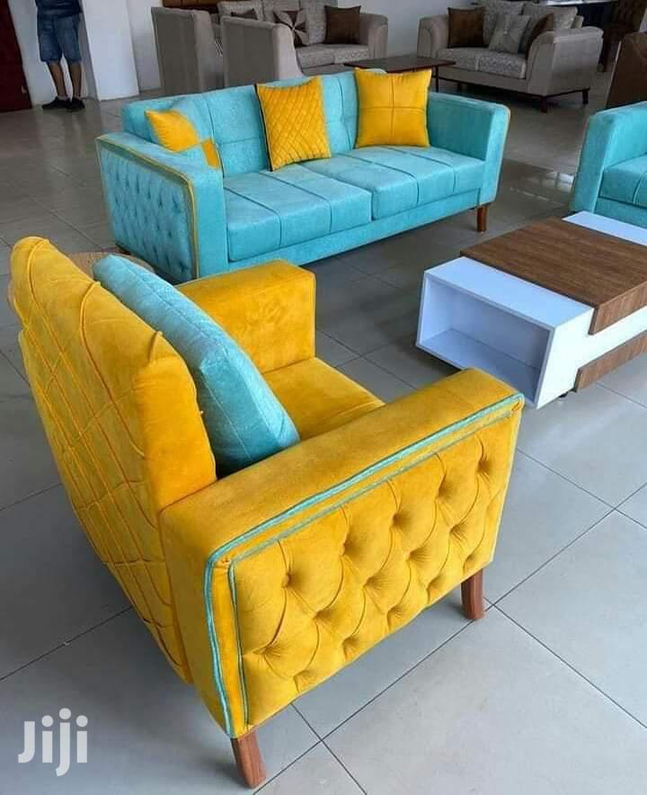 Side Pinched 5 Seater Box Sofas