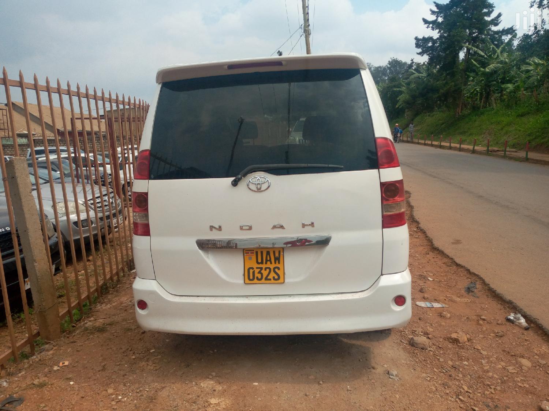Toyota Noah 2002 White | Cars for sale in Kampala, Central Region, Uganda
