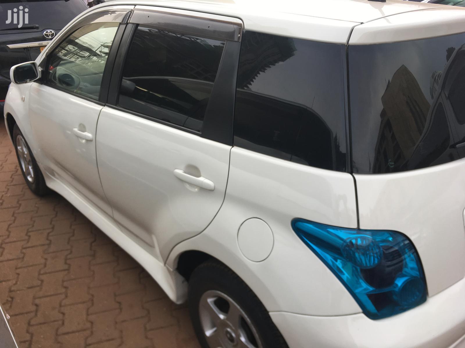 Toyota IST 2003 White | Cars for sale in Kampala, Central Region, Uganda