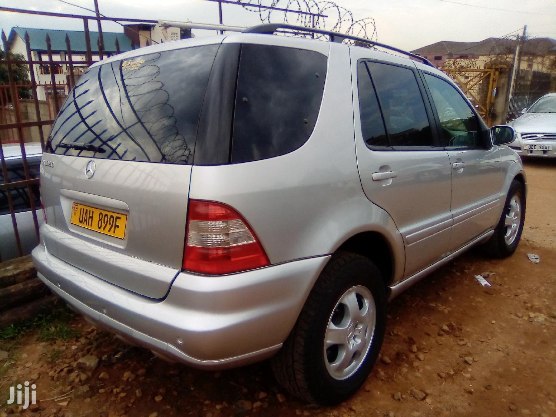 Archive: Mercedes-Benz E320 2001 Silver