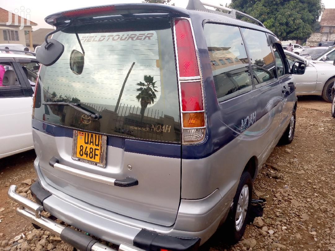 Toyota Noah 1998 Blue | Cars for sale in Kampala, Central Region, Uganda