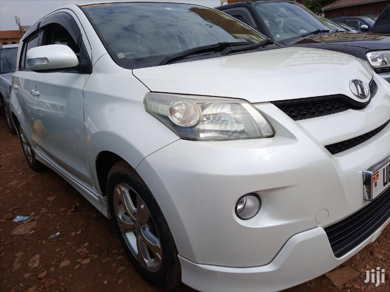 Toyota IST 2008 White