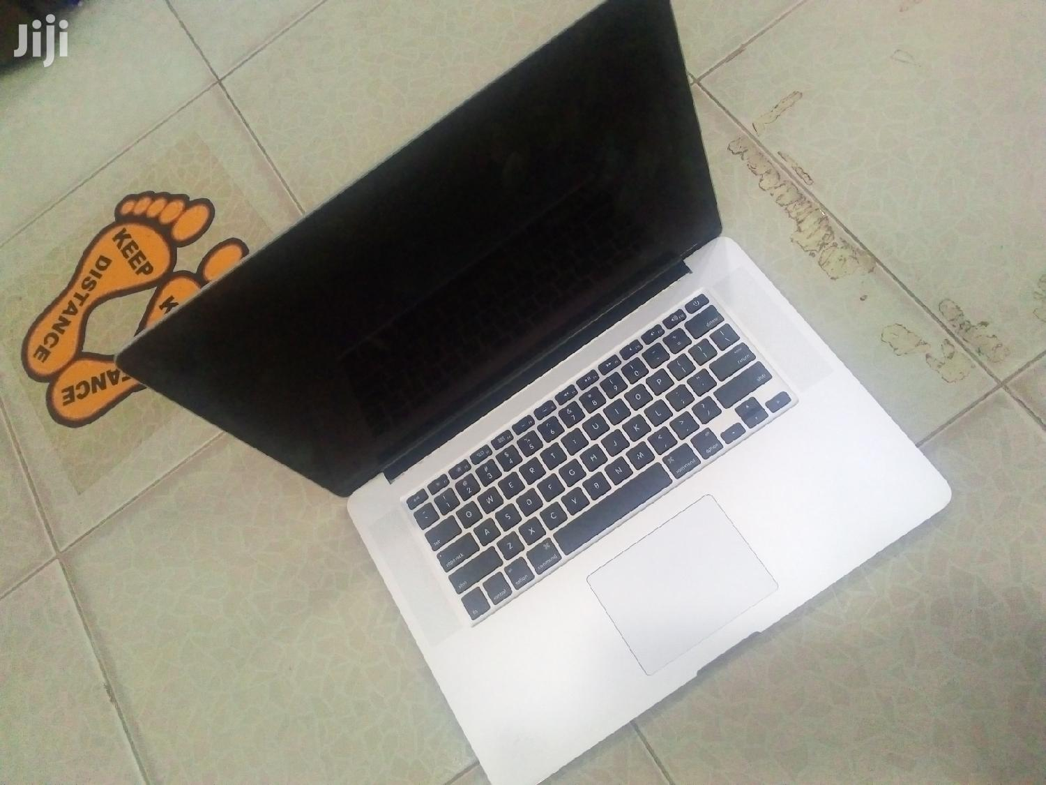 Archive: Laptop Apple MacBook Air 8GB Intel Core i7 SSD 256GB